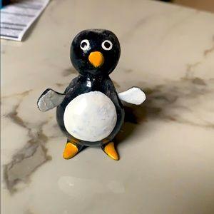 Little penguin house decor
